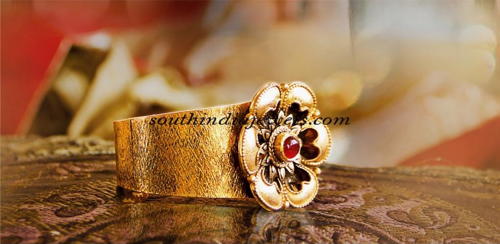 22 carat gold bracelet designs