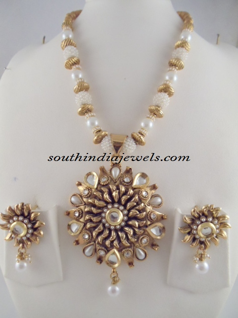 Antique Jewellery beaded necklace design