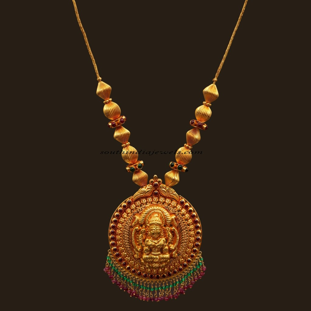 Antique jewellery necklace with lakshmi pendant ~ South ...