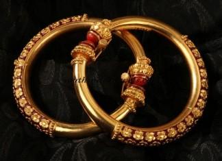 Bala gold bangles for bengali bride