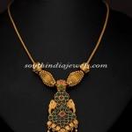 Gold Antique Short Necklace