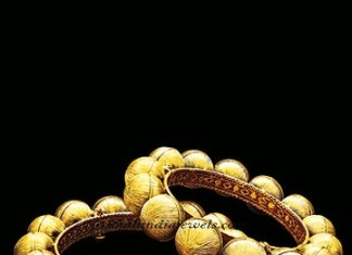 Gold Kada designs from Manubhai Jewellers