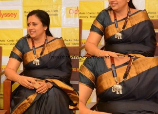 ActressLashmi-Ramakrishnan-wearing-Indian-Jewellery