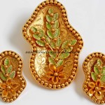 Floral impression pendant set design
