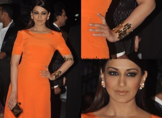Sonali Bendre wearing fashion jewelleries