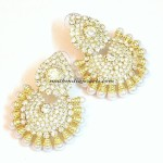 Imitation earrings : White stone and pearl stud