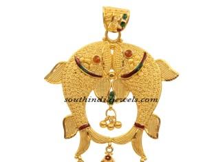 22 Carat gold fish pendant