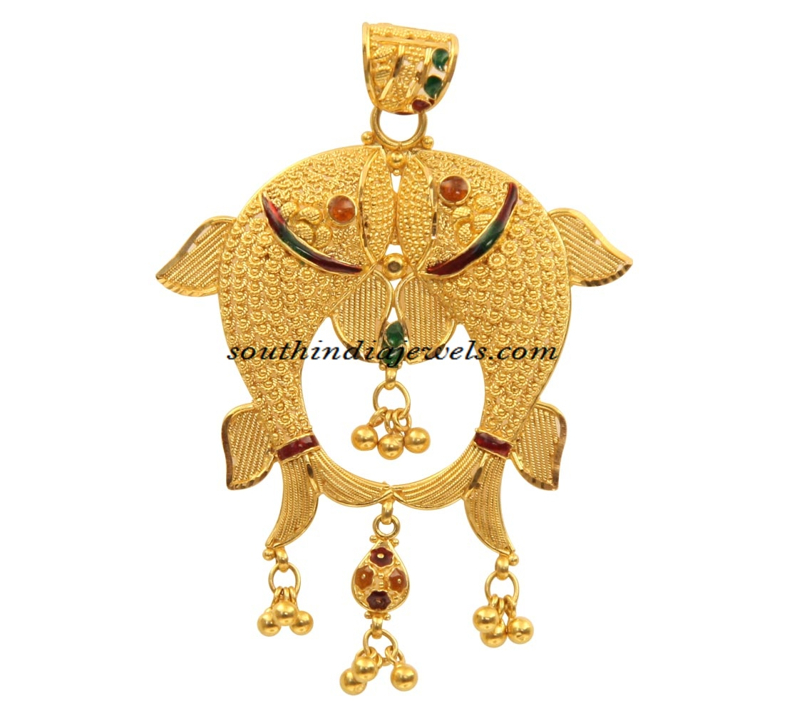 22 carat gold fish pendant south india jewels for Gold fish pendant