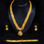 Traditional Indian Gold Bridal Sets