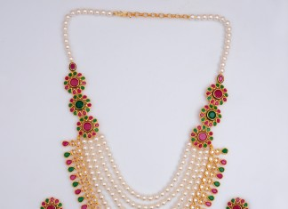 Long Pearl Necklace with brooch