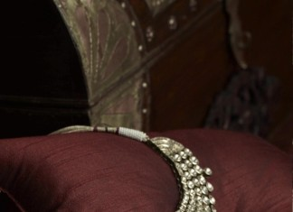 Tanishq uncut polki diamond necklace