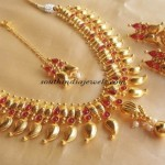 Gold plated Mango necklace