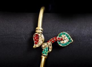Imitation designer jewellery bracelet