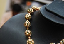 Jwellery-gold-necklace