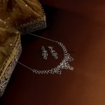 Manubhai Jewellers Diamond necklace set
