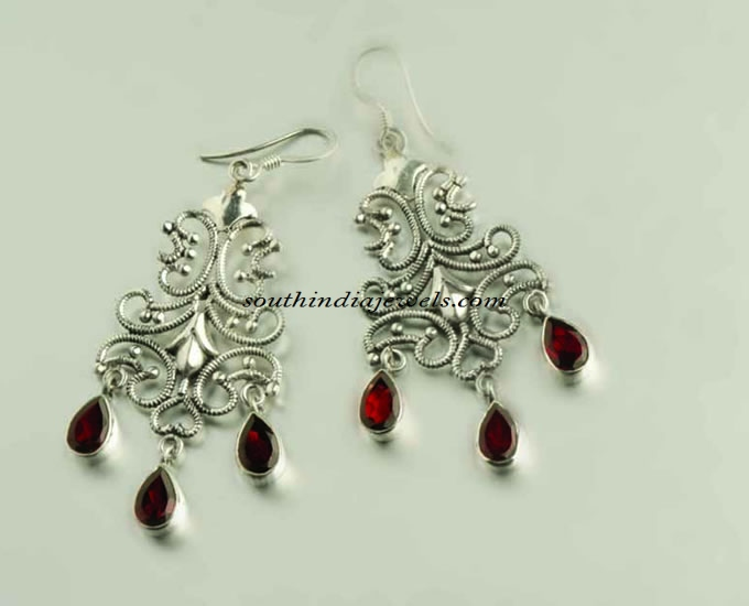 Silver hoop earrings design