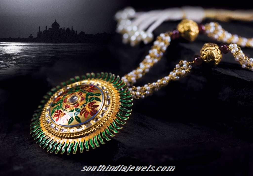 Tanishq antique gold jewellery