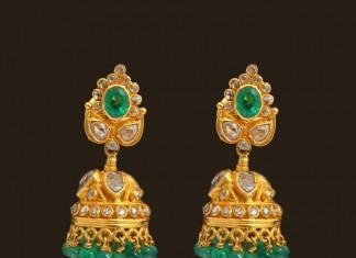 uncut diamond emerald jhumka earrings