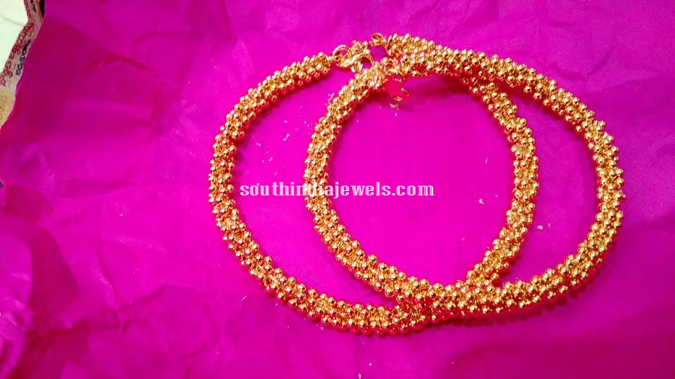 22K Gold Clustered Anklet