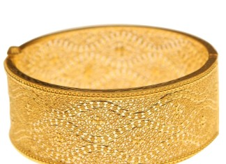 Big Gold Bangles From Kerala Jewellers