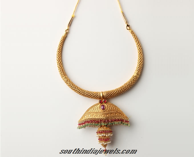 Gold antique Jhumka necklace