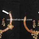 Kundan & Pearl Studded Floral Necklace