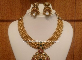 Trendy Gold Choker Set with Earrings
