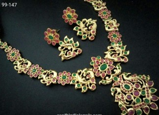 Imitation antique necklace set with earrings image
