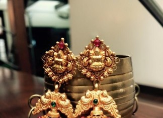 Gold Antique Bridal Jhumka