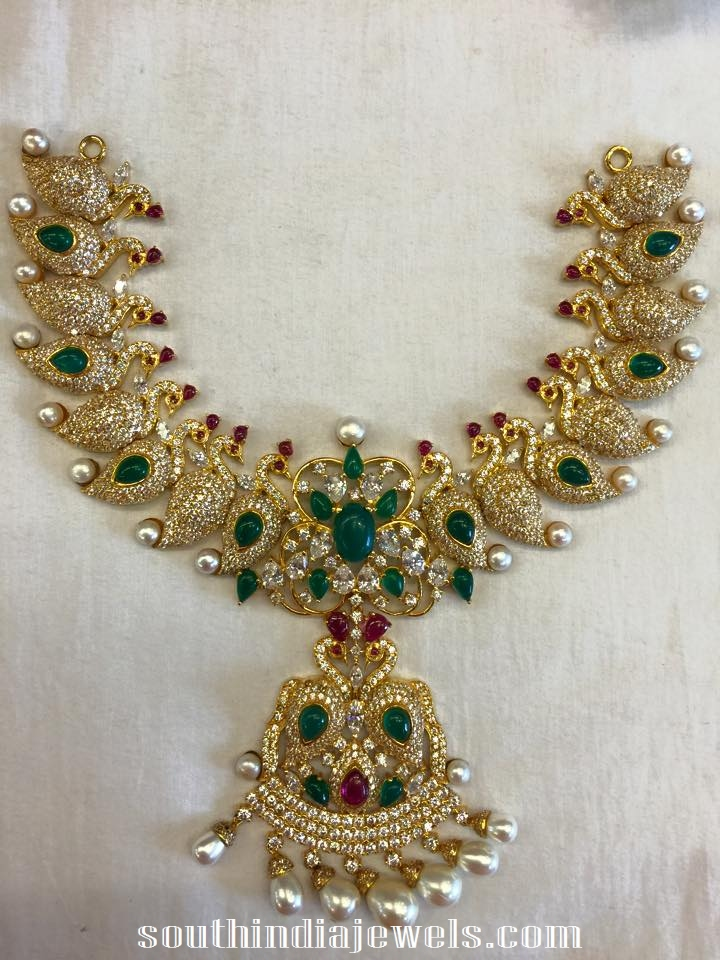 Diamond emearld peacock necklace