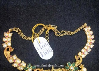 Gold antique short necklace with peacock design