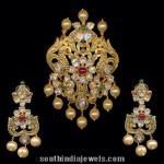 Gold Pacchi Pendant Sets