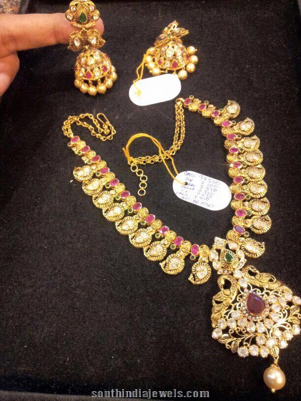 Short Mango Pattern Necklace with Jhumkas