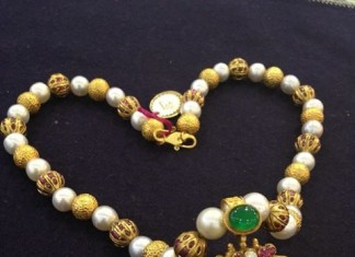 Antique Pearl Necklace Desisn