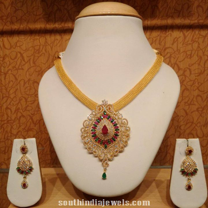 model necklace south traditional india gold jewels