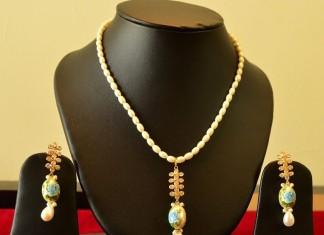 14K gold designer necklace from nidhi designer jewellery