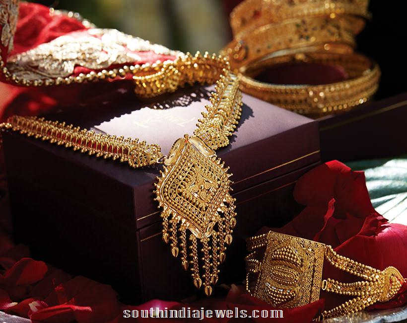 22 carat gold necklace latest model from Tanishq