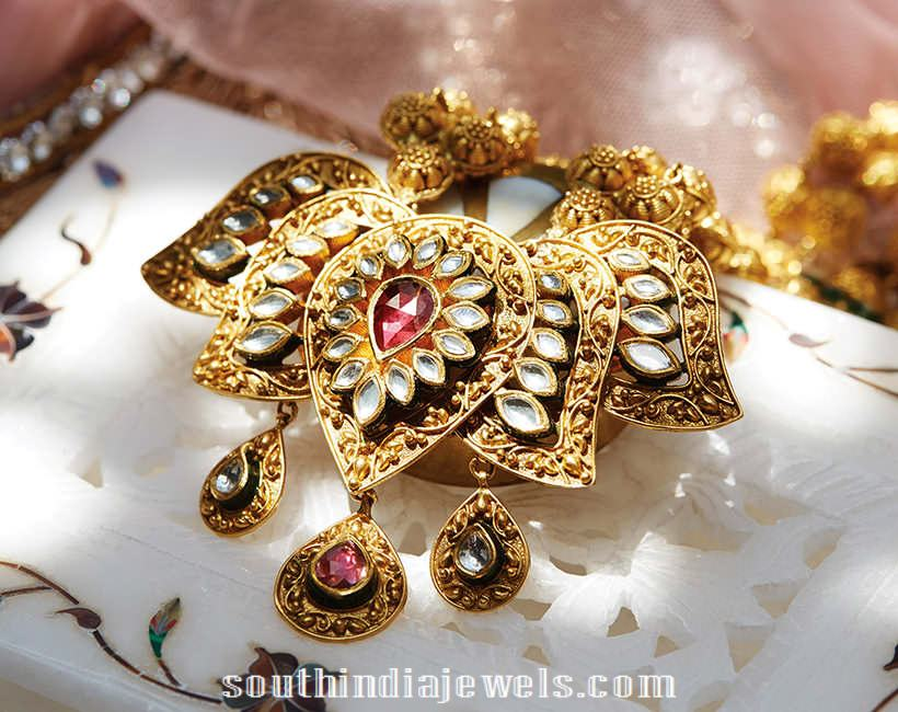 gold Polki lotus pendant from Tanishq