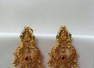 Gold layered Jhumla design