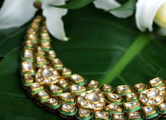 Kalyan Jewellers gold Kundan Necklace