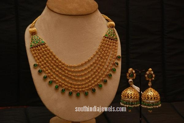 Multilayer gold gundala necklace with Jhumka