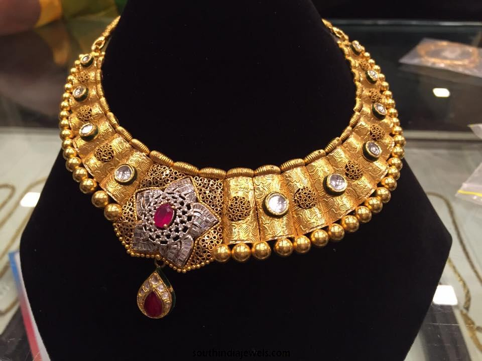 Designer Gold Choker Necklace Design