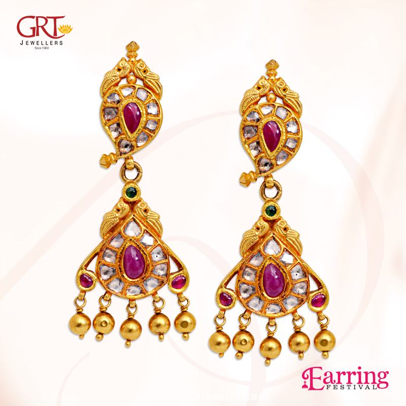 Gold-Antique-earrings-from-GRT