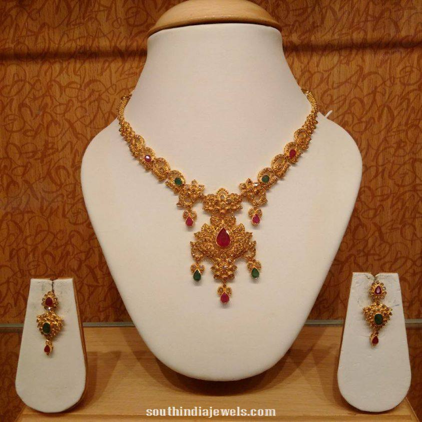 Gold Short Necklace with earrings