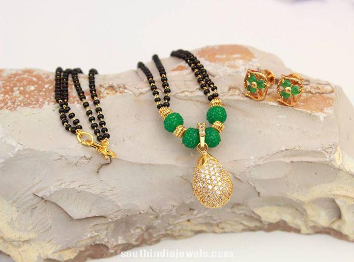 Imitation black bead chain and earrings
