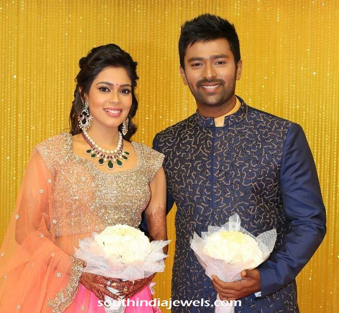 Vj Keerthi Wedding Reception Jewellery South India Jewels