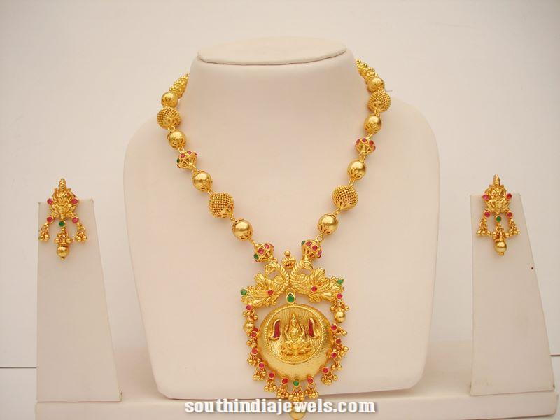 Gold Plated Necklace with earrings design