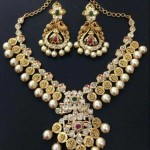 22K Gold Pearl Necklace Design