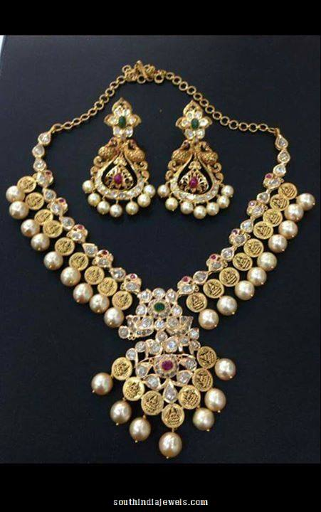 22K gold pearl necklace with earrings