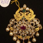 27 Grams Gold Stone Pendant Design